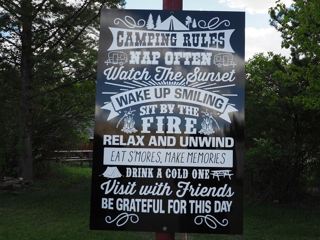 Campingplatzregeln am Last Chance Saloon
