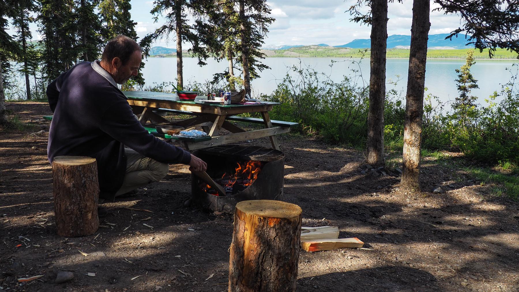 Herrlicher Platz am Lake Laberge