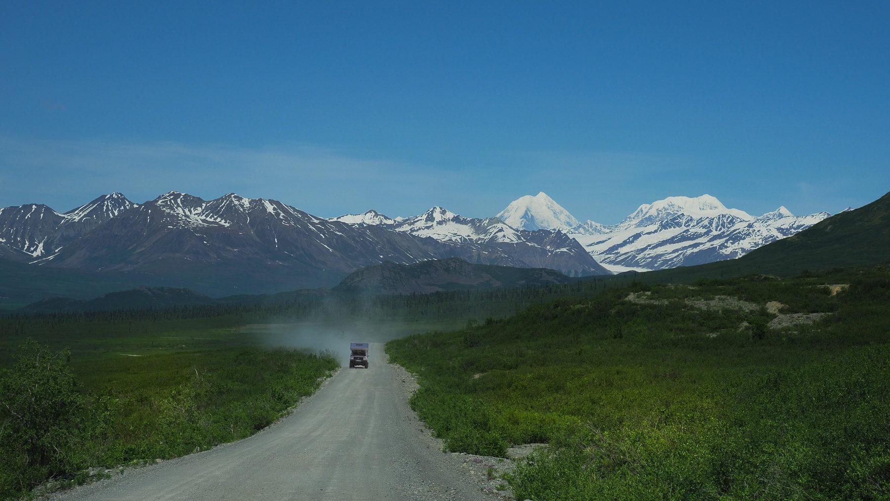 Denali Highway, gut zu fahrende Schotterstraße, ca. 200 km