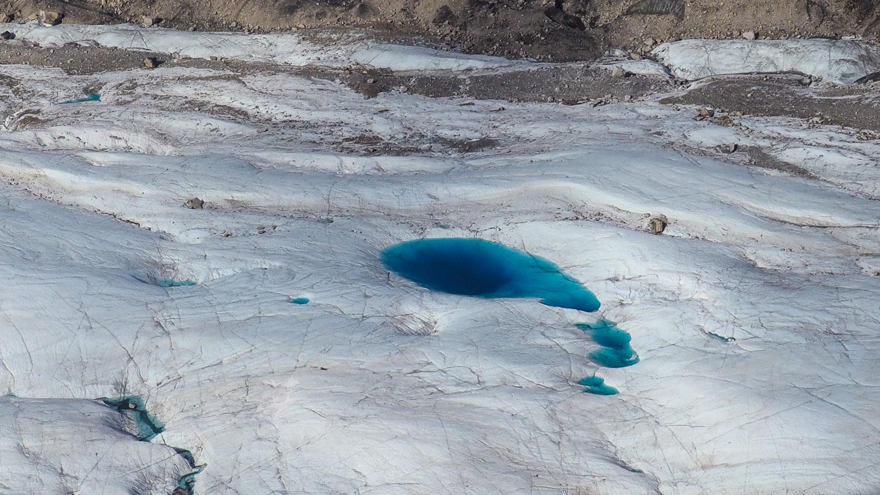 tiefblaue Gletscherseen
