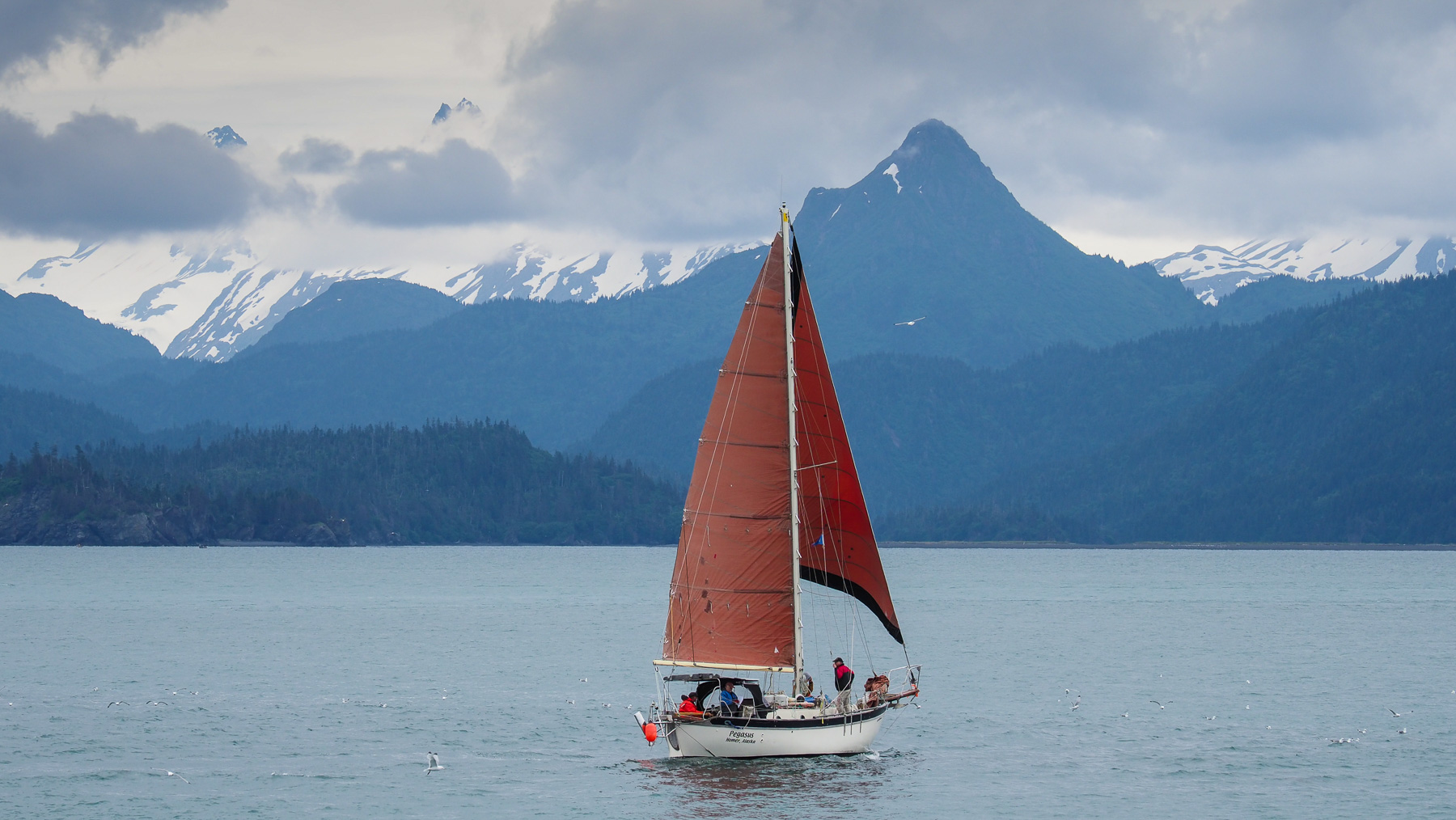 Serie wie die Leute in Alaska den Sommer verbringen: Segeln