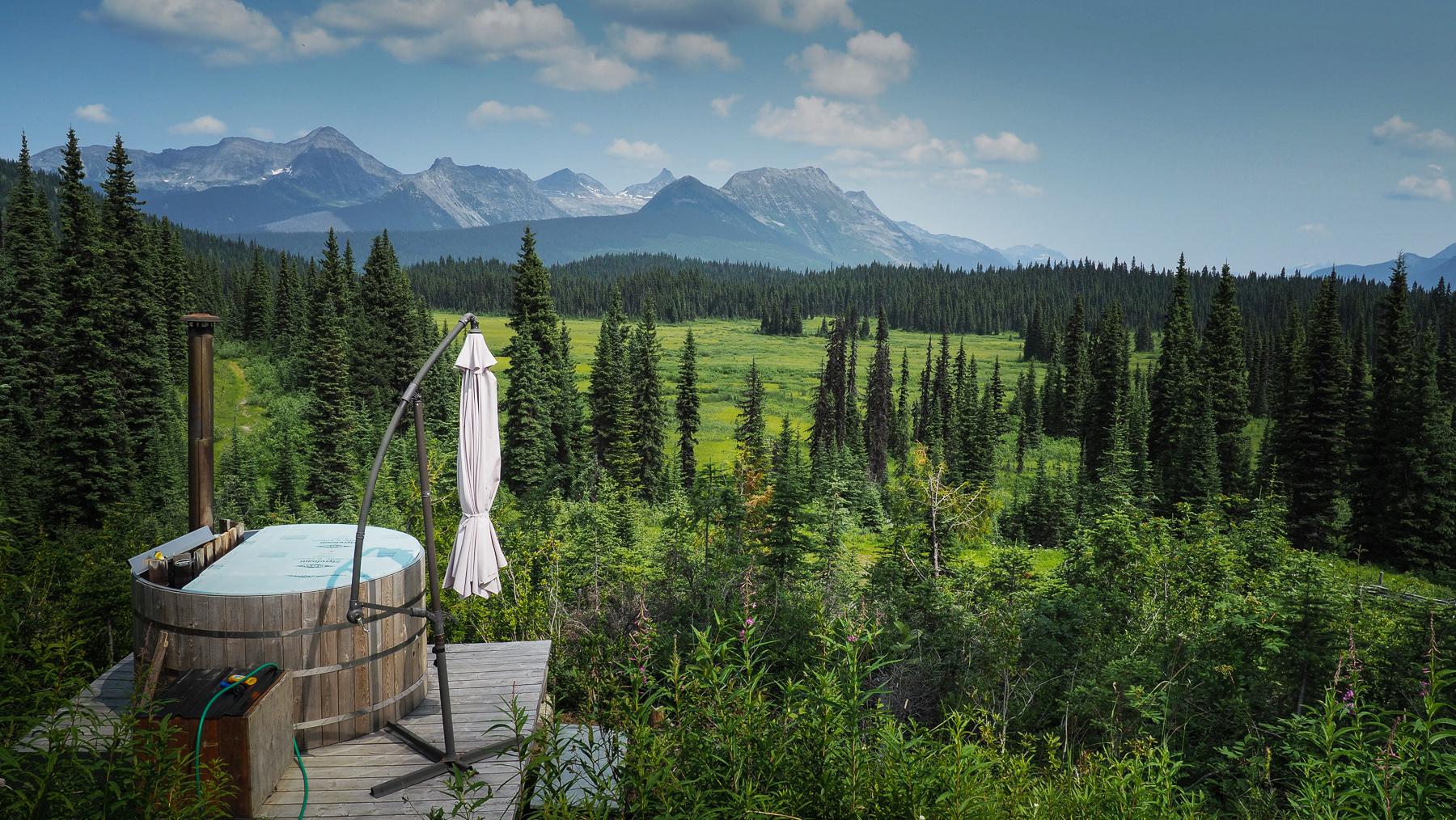 ..und tollen Ausblicken - inklusive Badewanne