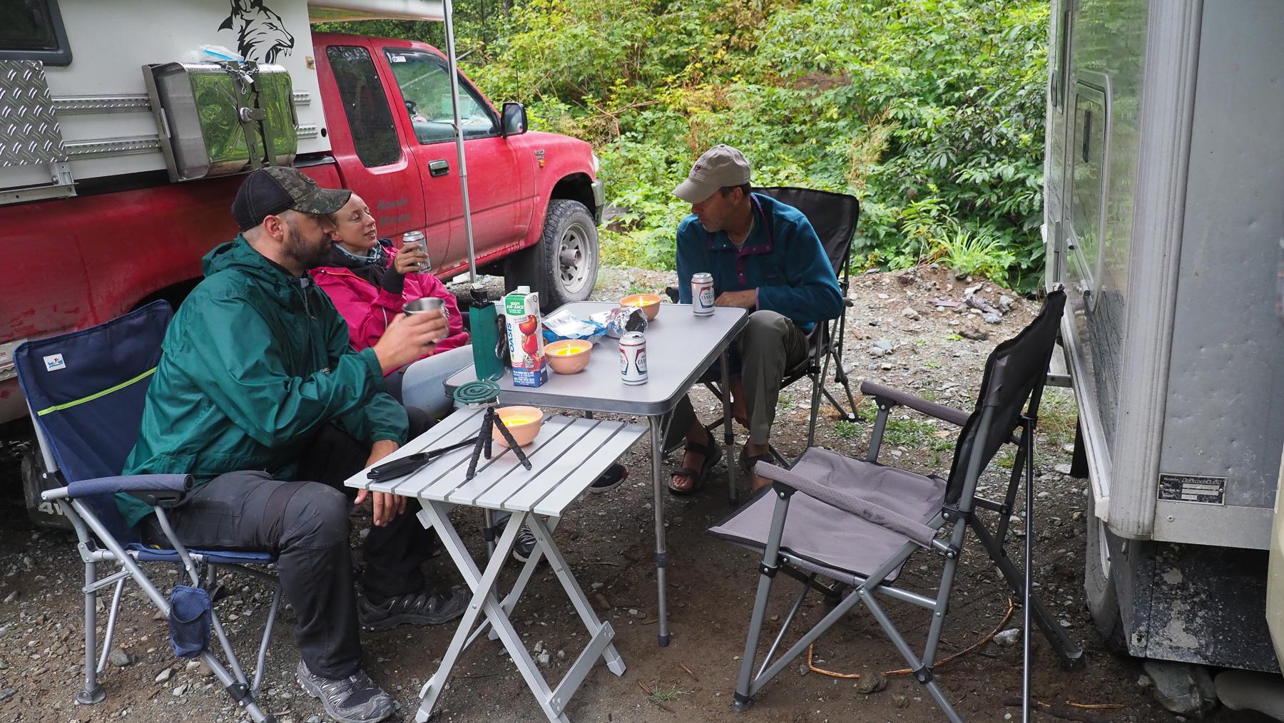gemütliches Lager, leider zuwenig Lebensmittel dabei für den spontanen Ausflug
