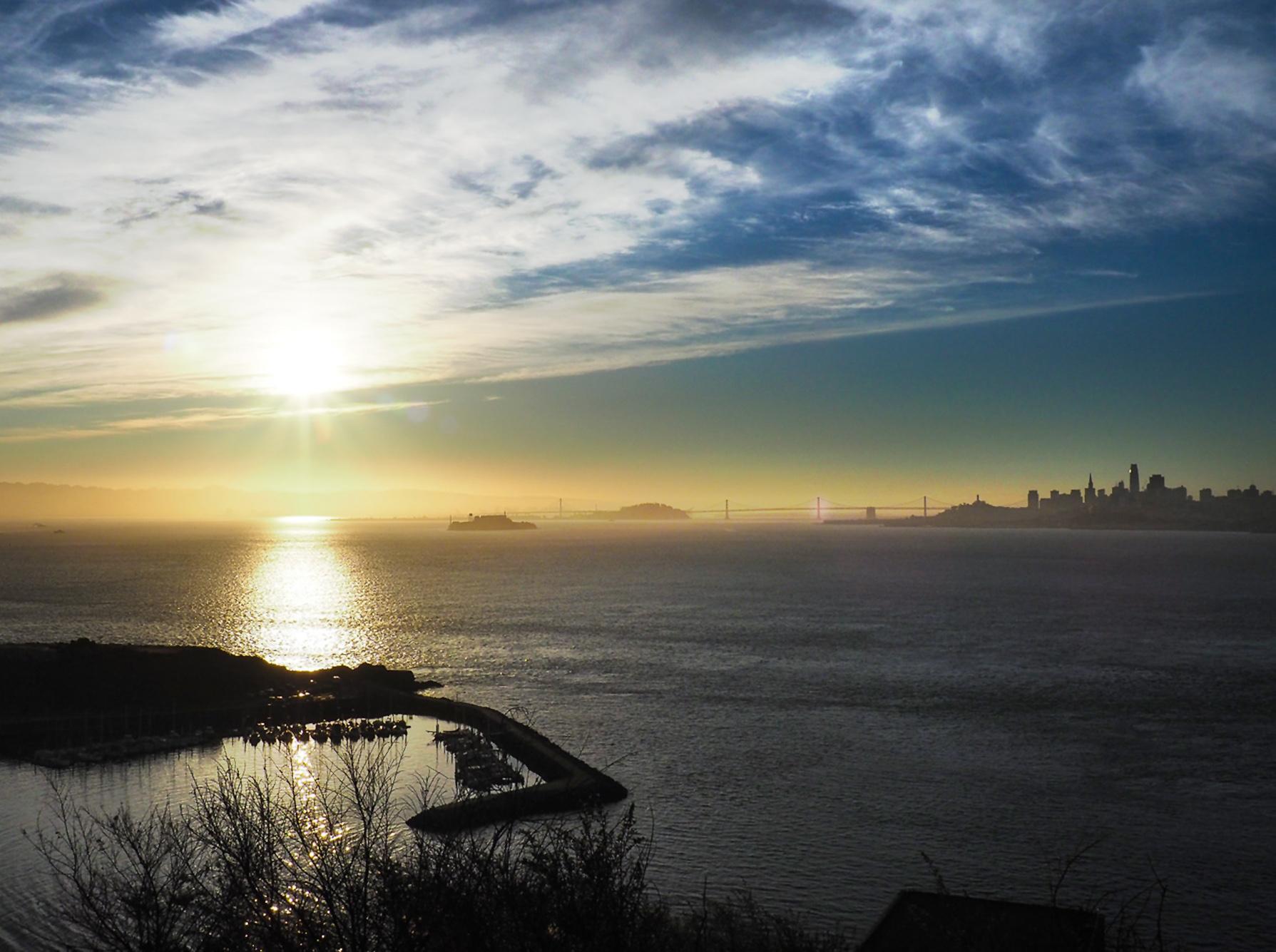 Sonnenaufgang über San Francisco von unserem Schlafplatz aus