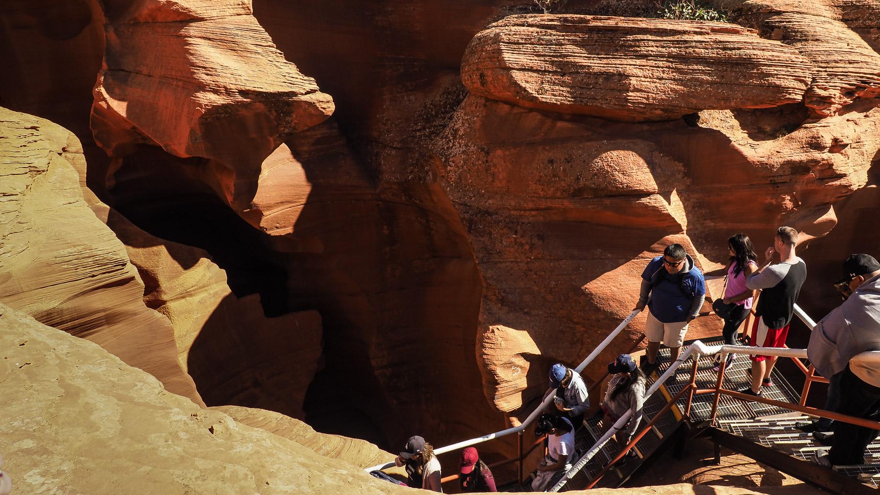 Abstieg in den Antilope Canyon