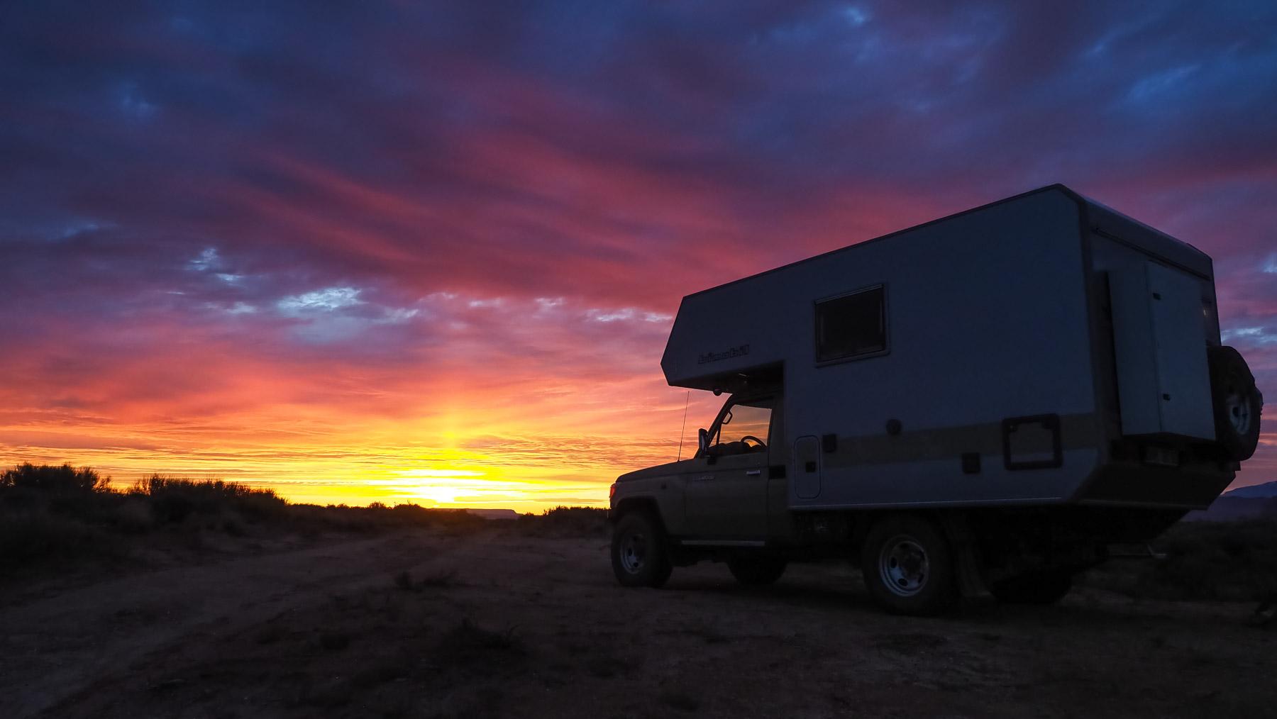 Zum Sonnenuntergang wieder Zuhause