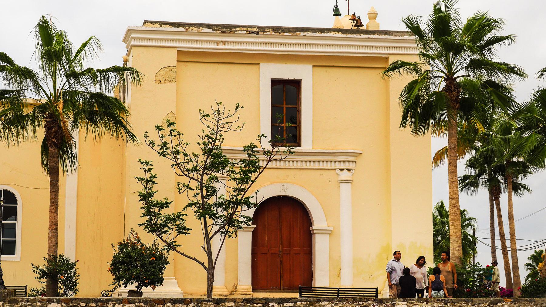 """""""..I heard the mission bell.."""" (Glocken rechts oben auf der Todos Santos Mission)"""