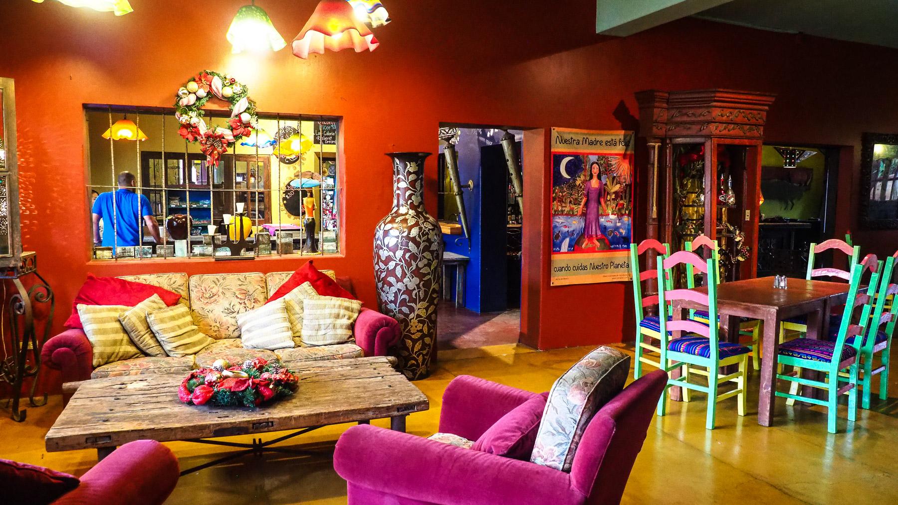 Foyer des berühmten Hotel California aus dem Eagles Song