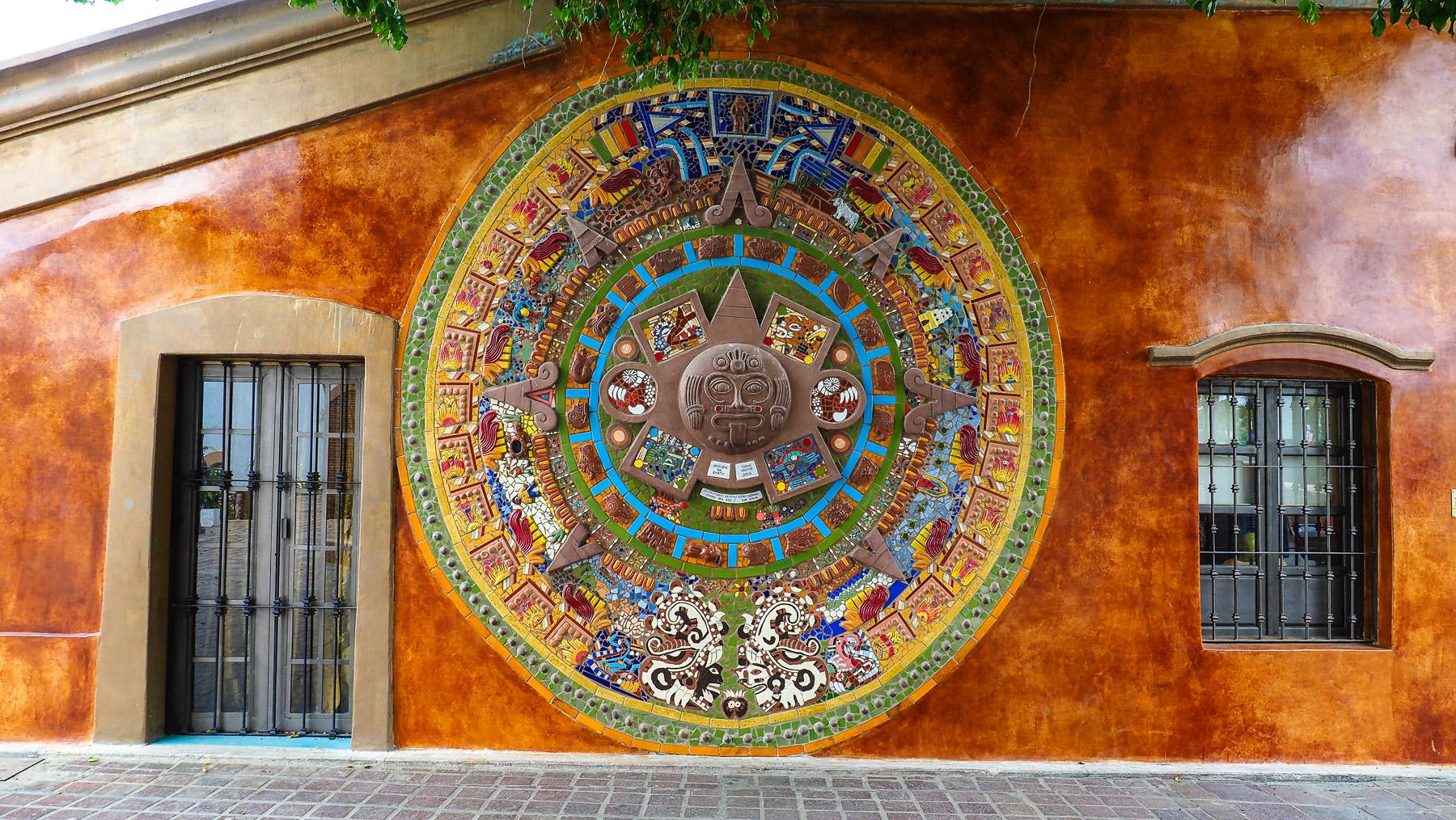 Schöne Häuser und Details in Todos Santos