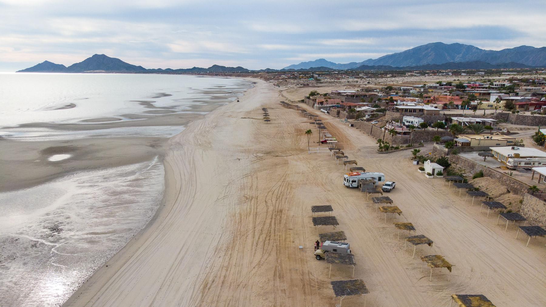 Sandstrand bei San Felipe, Ostküste der Baja
