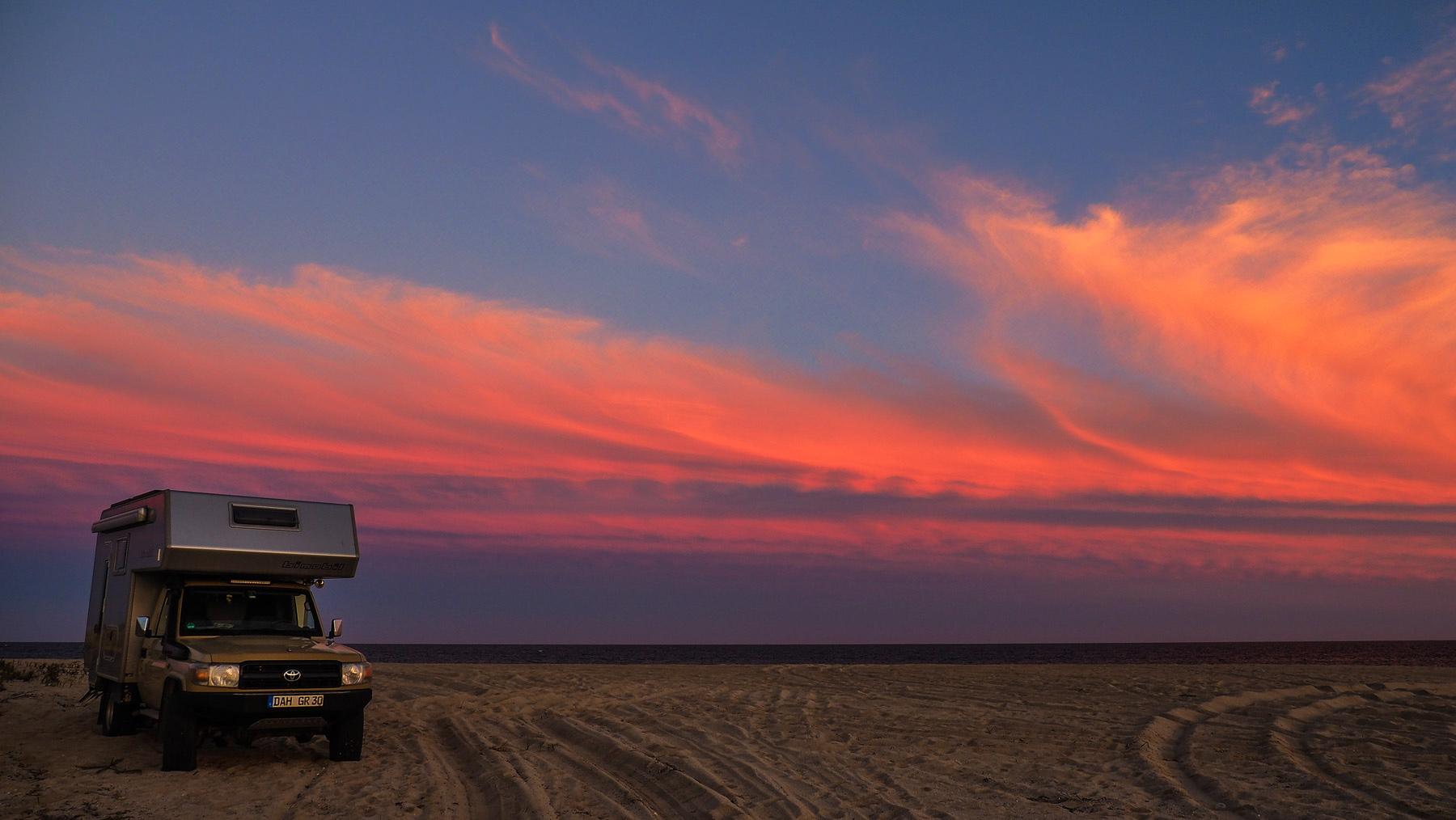 Spektakuläre Sonnenuntergänge auf der Baja