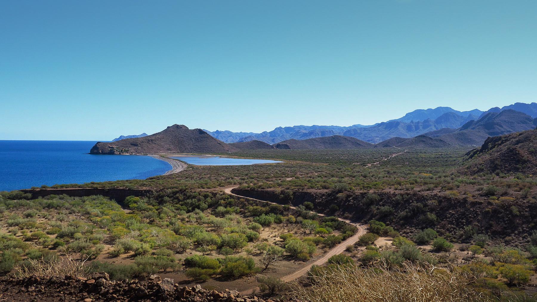 Lange schöne Fahrt zur Bucht Agua Verde