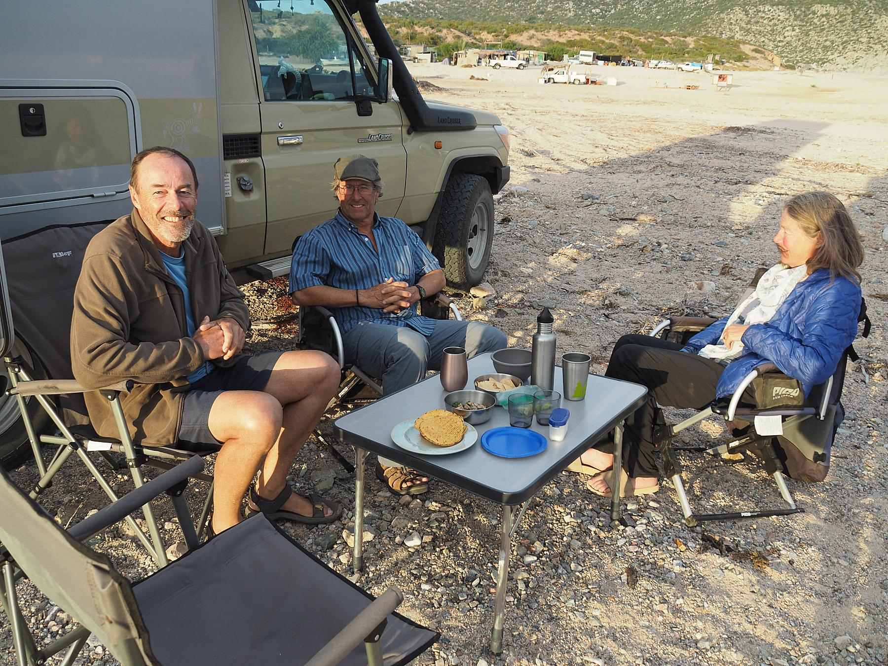 Lässige Runde mit Bob, dem Meister der Margaritas, und Cindy