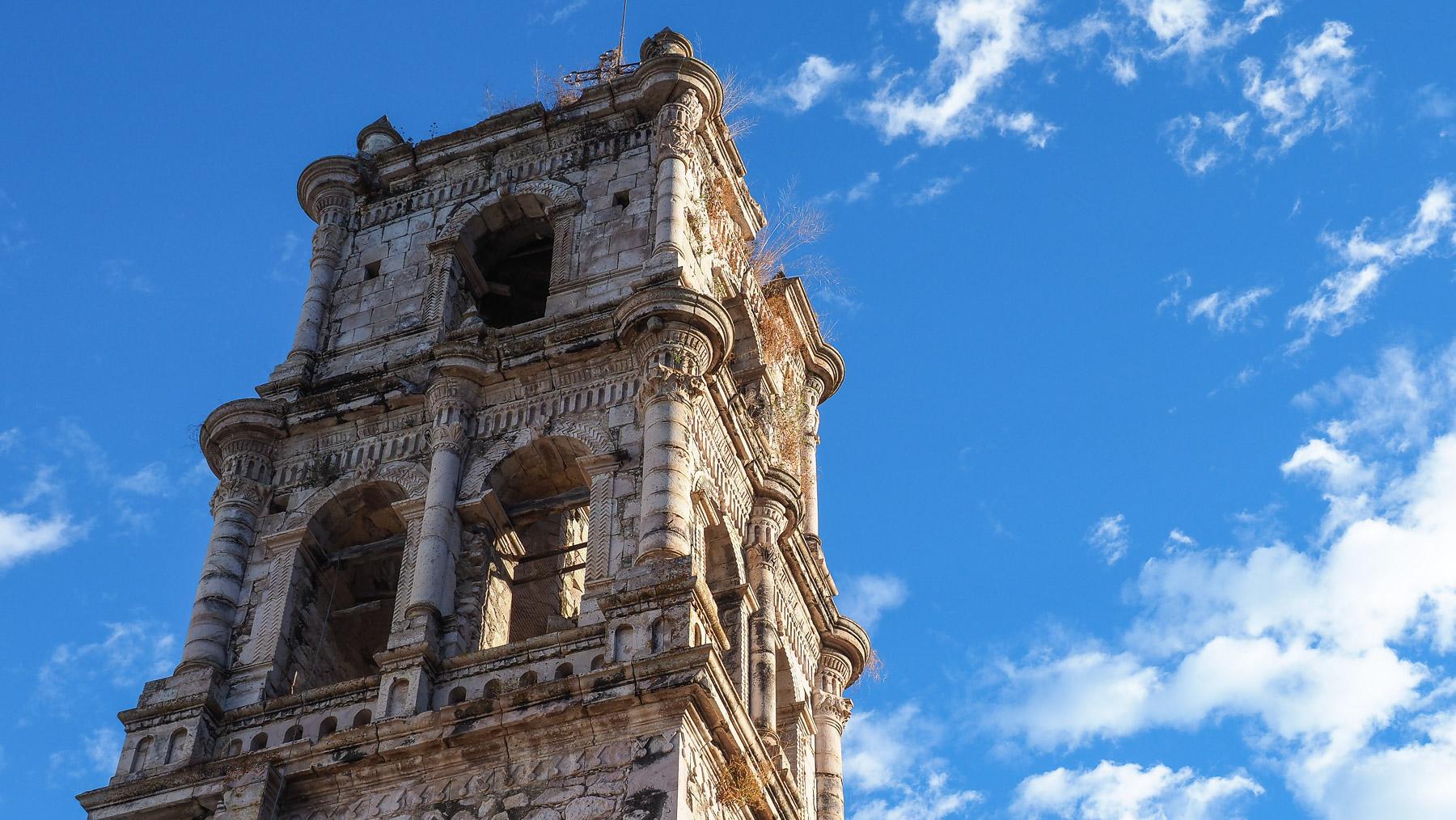 Die einsturzgefährdete Kirche von Copala