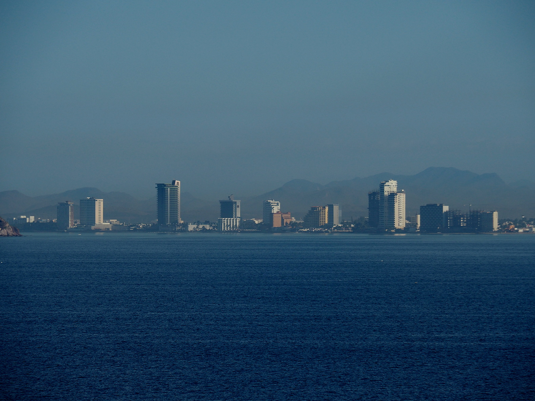 Skyline der Goldküste von Mazatlan