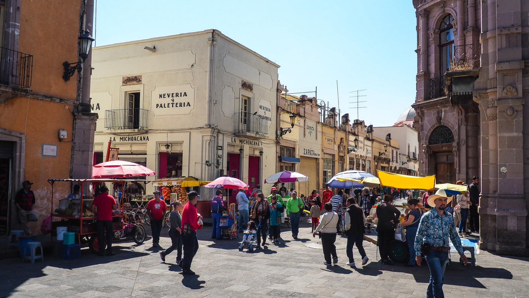 Sonntagsmarkt im Pueblo Jerez