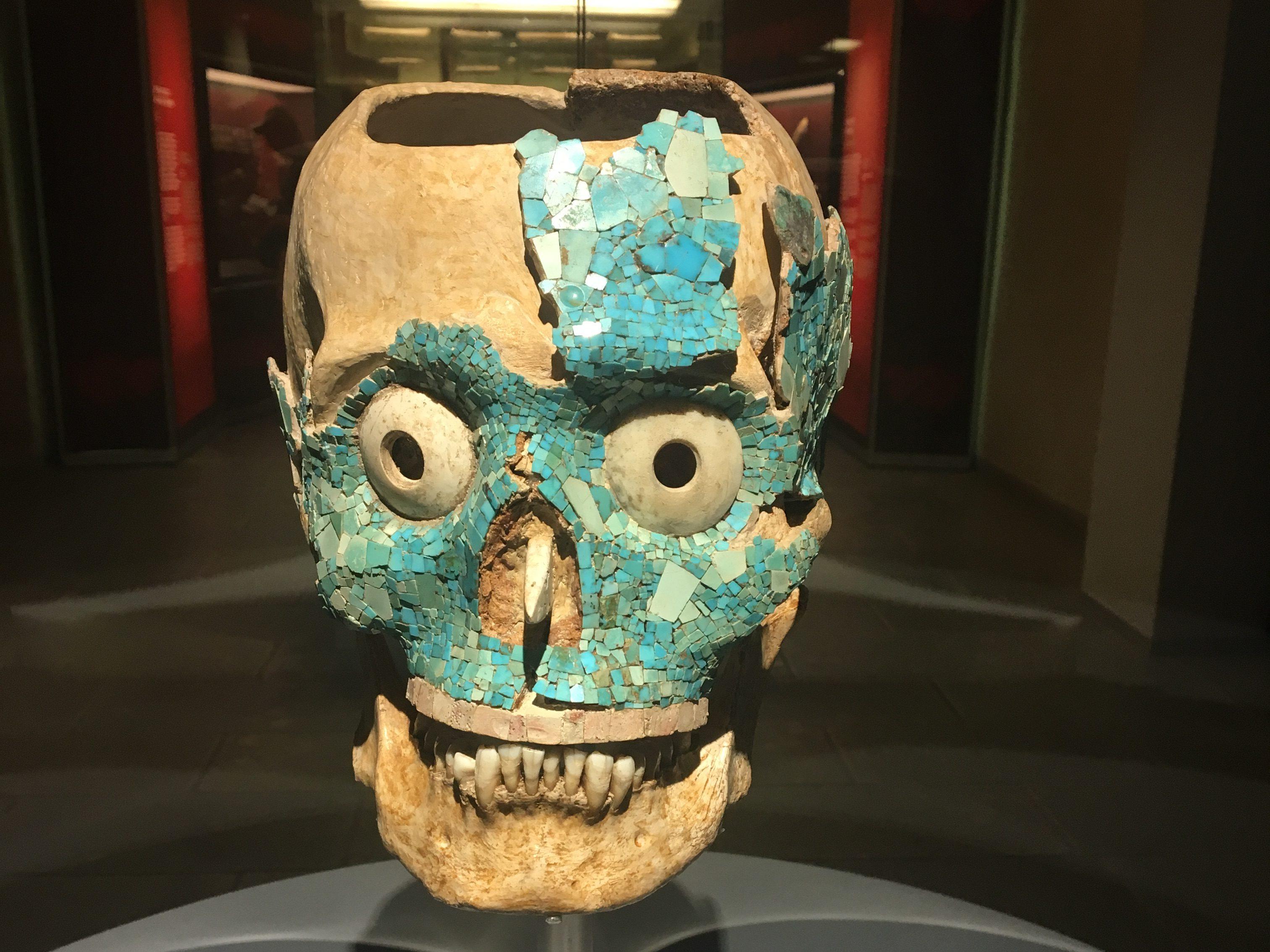 Wertvolle alte Maske