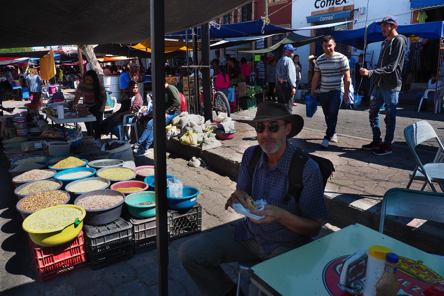 Jerez - leckeres Essen auf dem Markt