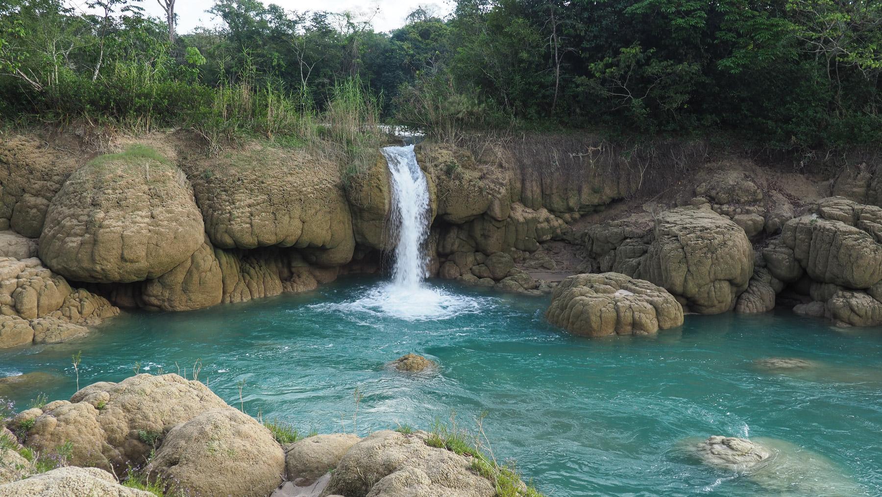 Und herrliche Wasserfälle und Gumpen zum Baden