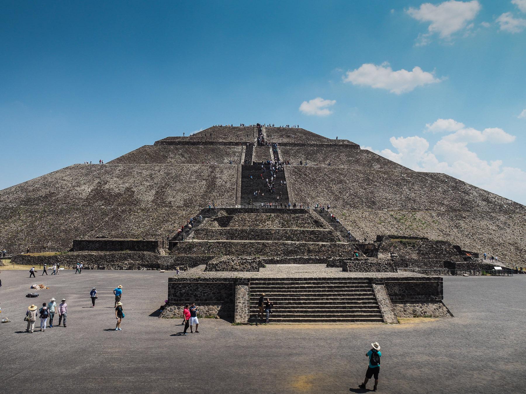 Die Mond-Pyramide in Teotihuacan