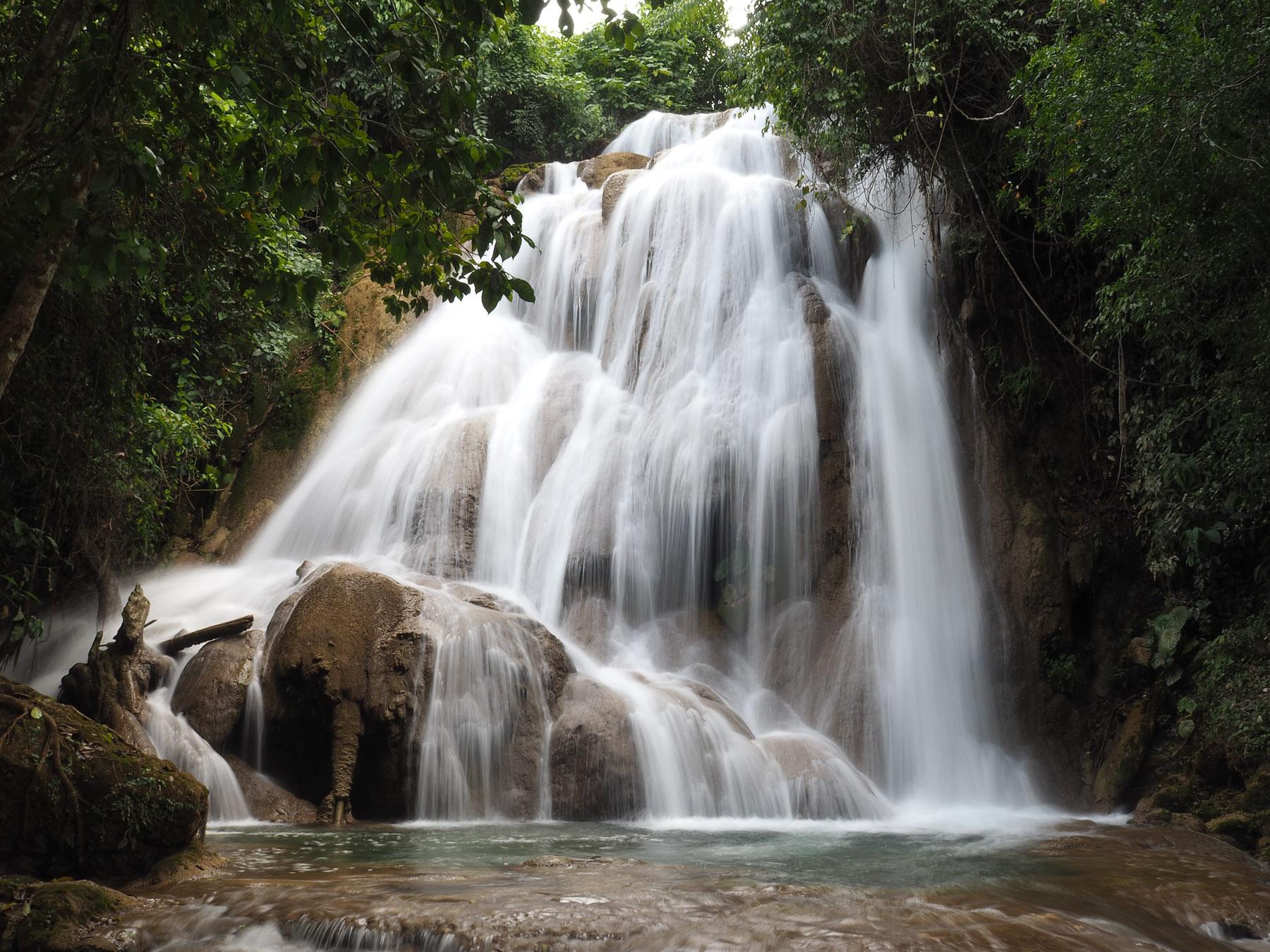 Ein Wasserfall wie aus dem Bilderbuch