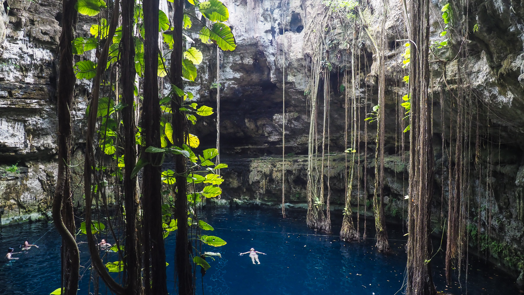 Wunderschöne Cenote Ozman
