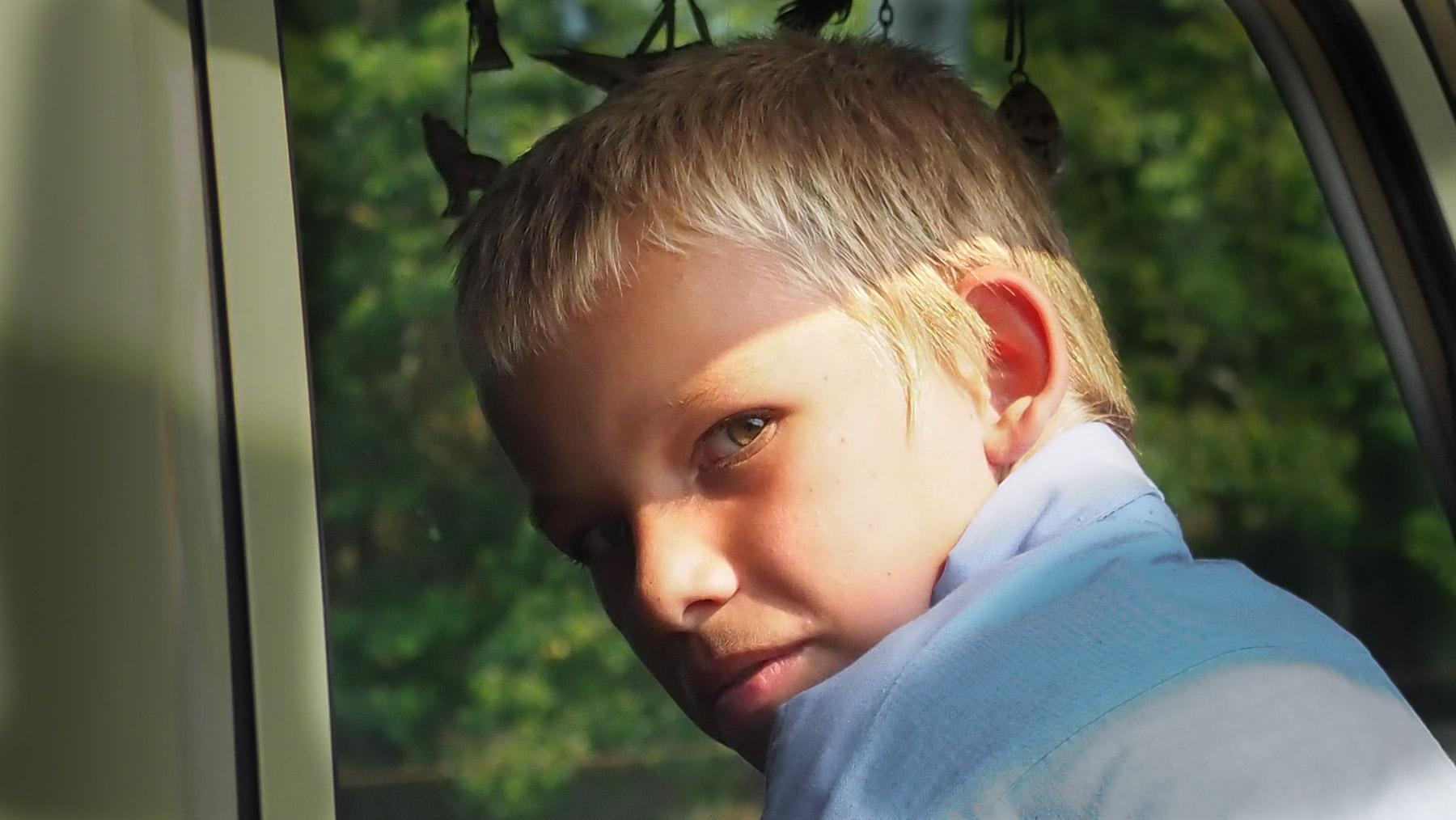 Blonder junger Mennonite