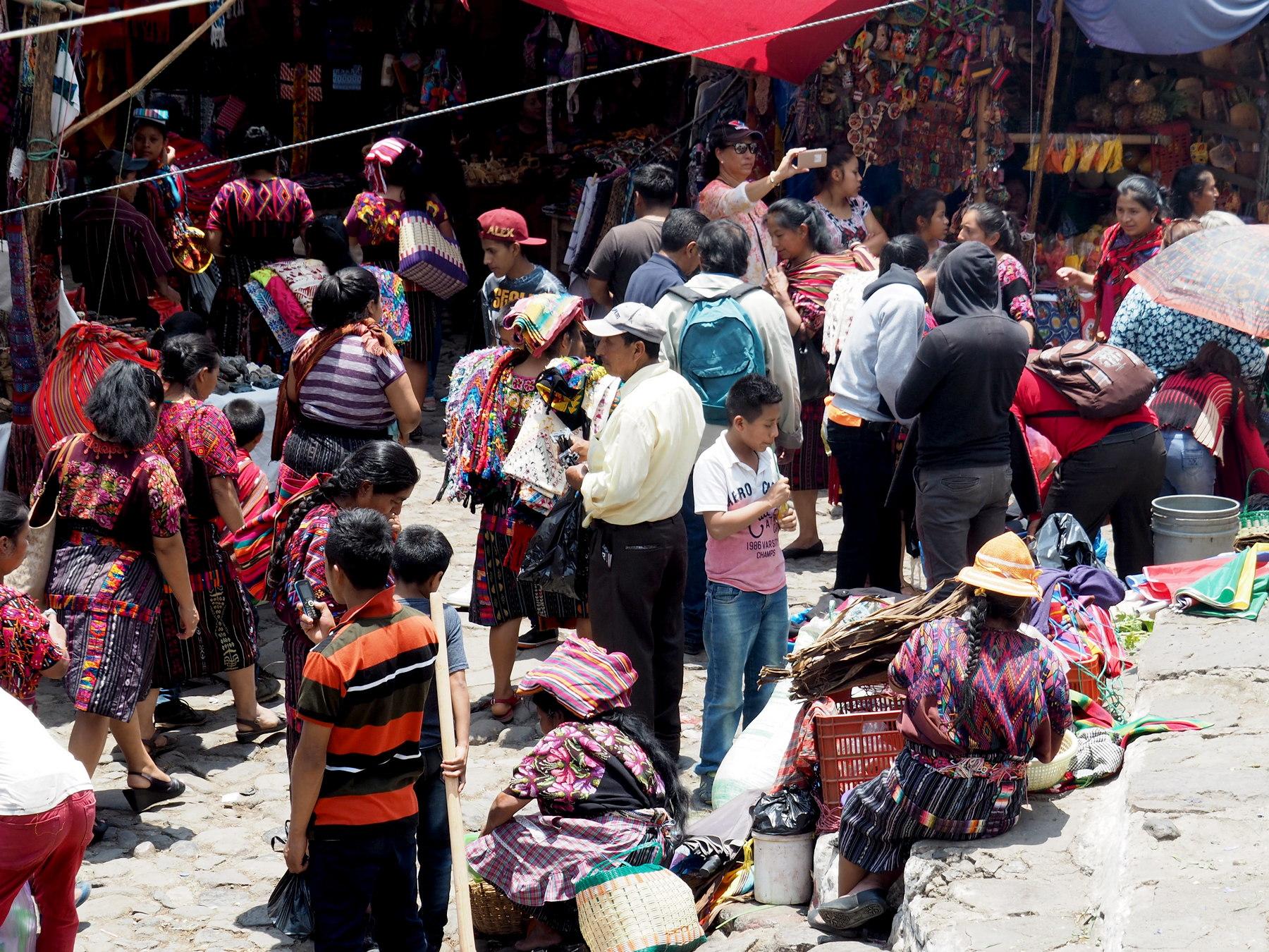 Wichtiger Markt für die Einheimischen und beliebtes Ausflugsziel