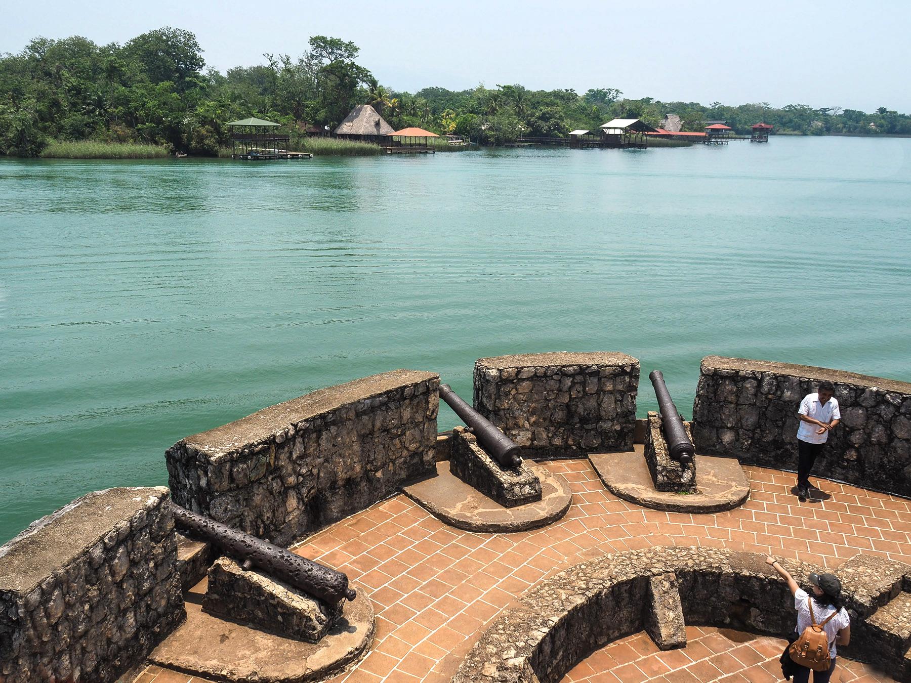 Fort San Felipe hatte die Kontrolle über die Einfahrt zum See