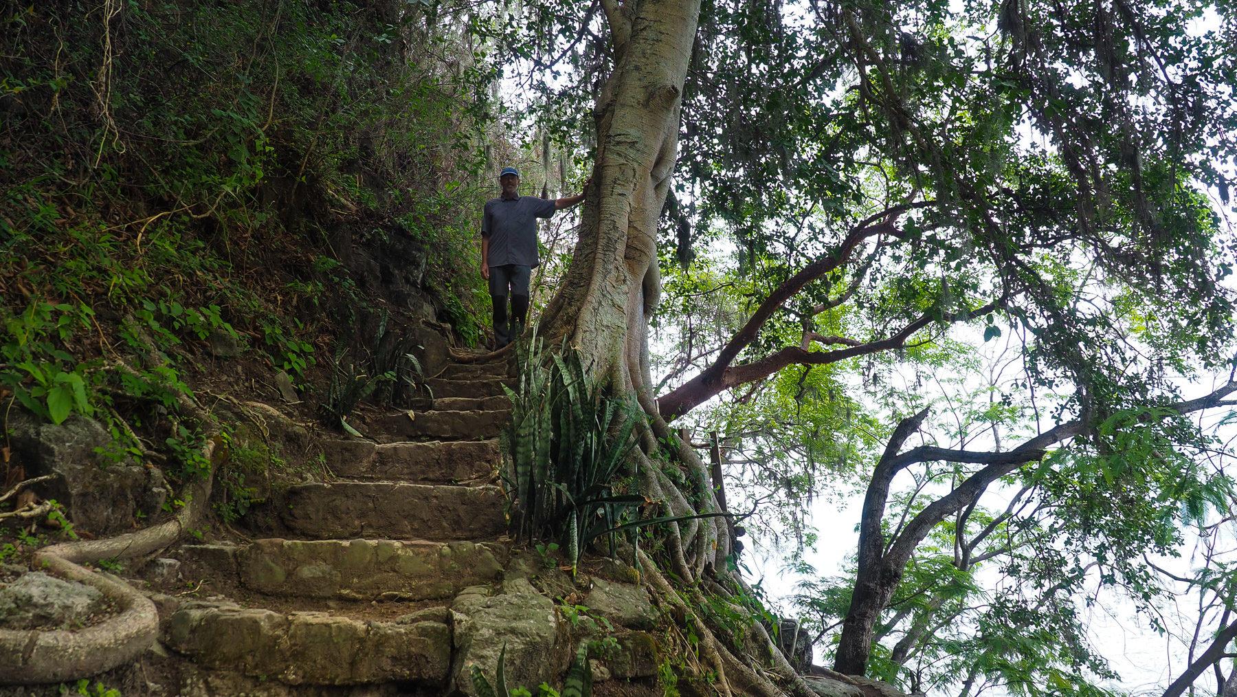 Kleine Wanderung am Lago Atitlan