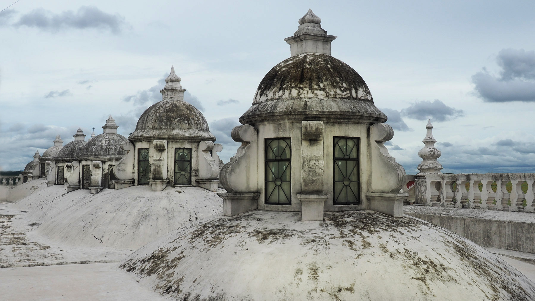 Nicaragua: auf dem Dach der Kathedrale in Leon