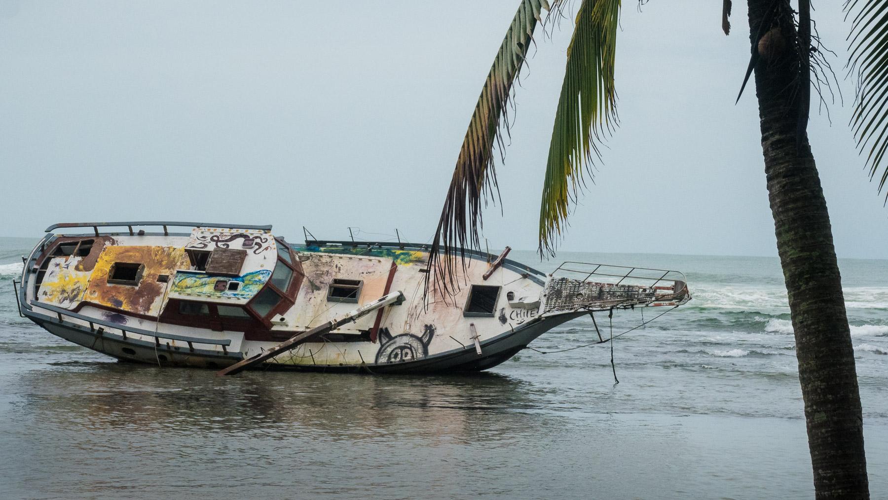 Gestrandete Yacht