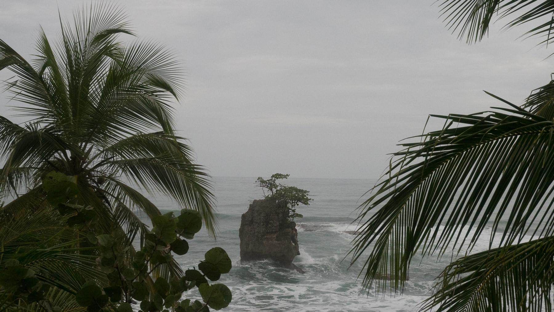 Keine fröhliche Badestrandstimmung an den Karibikstränden in Costa Rica