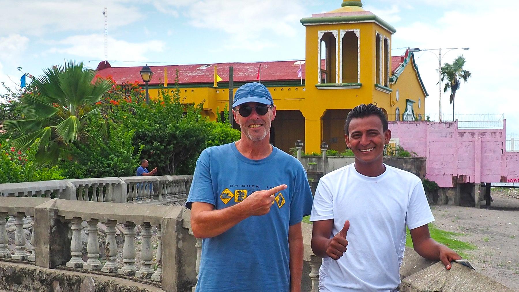 Am Nicaragua See mit unserem Pferdekutscher Marco