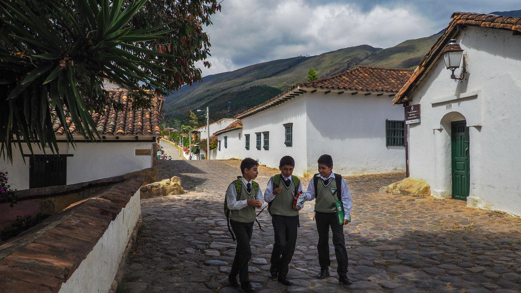 Schulkinder in Villa de Leyva