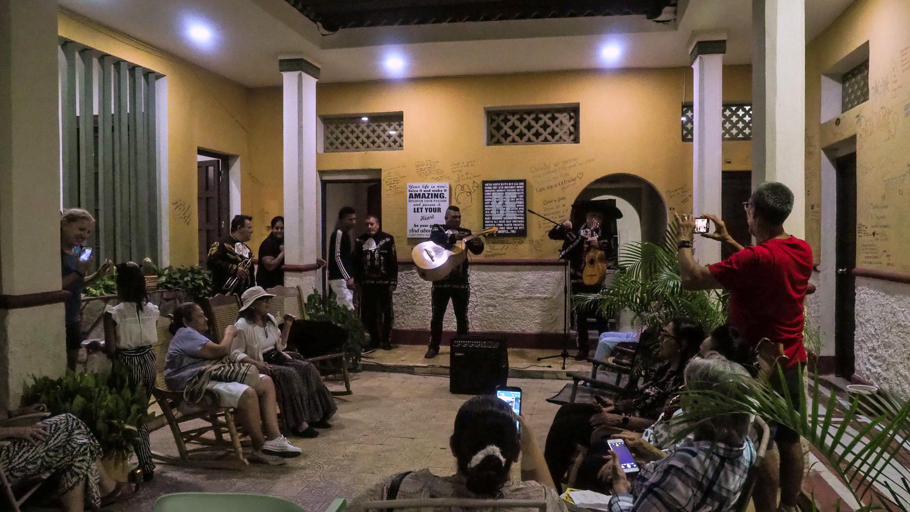 Familienfest. Zwei Wochen leben wir Mitten in einer kolumbianischen Großfamilie