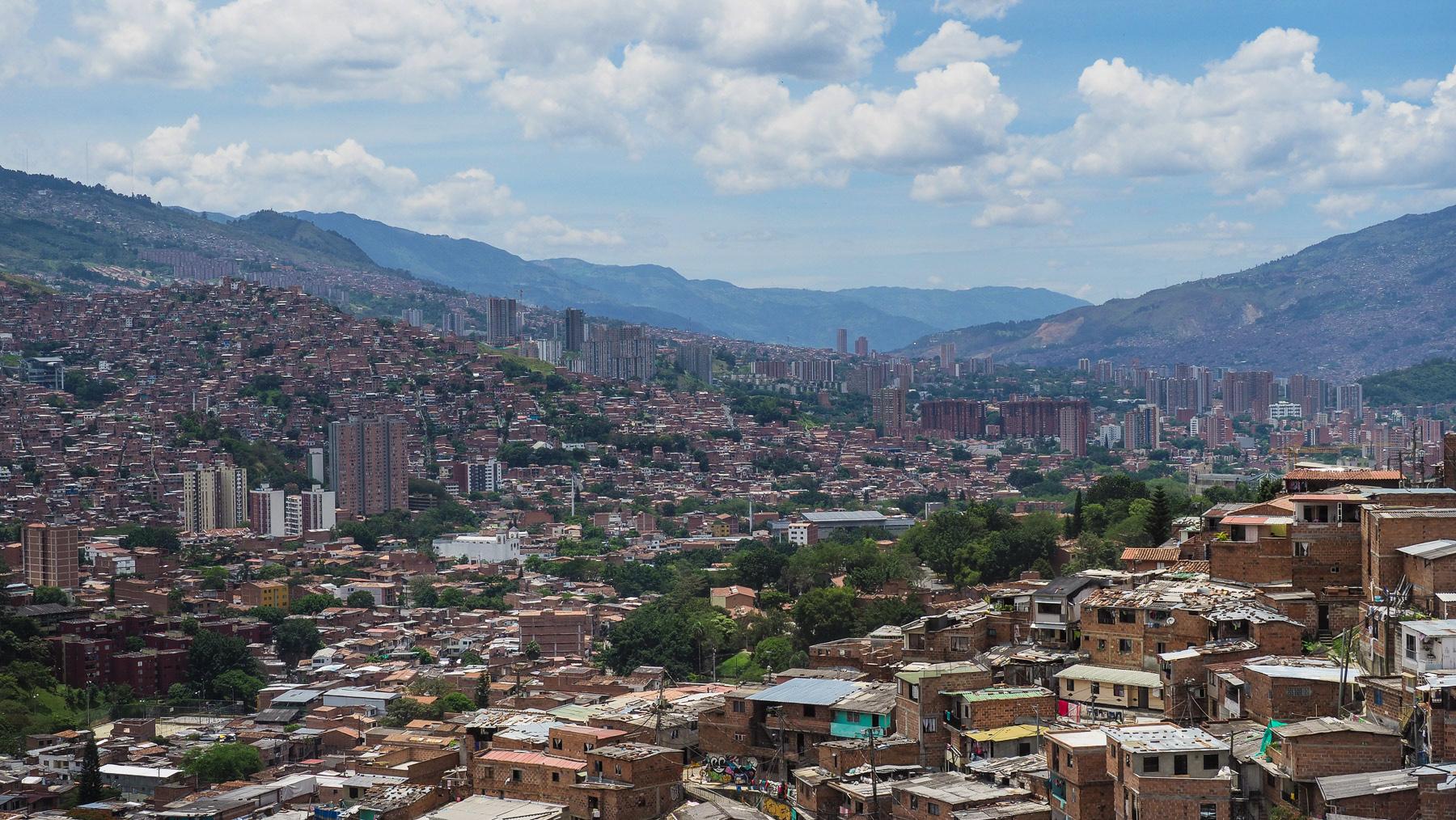 Medellin – in einem Tal zwischen steilen Berghängen