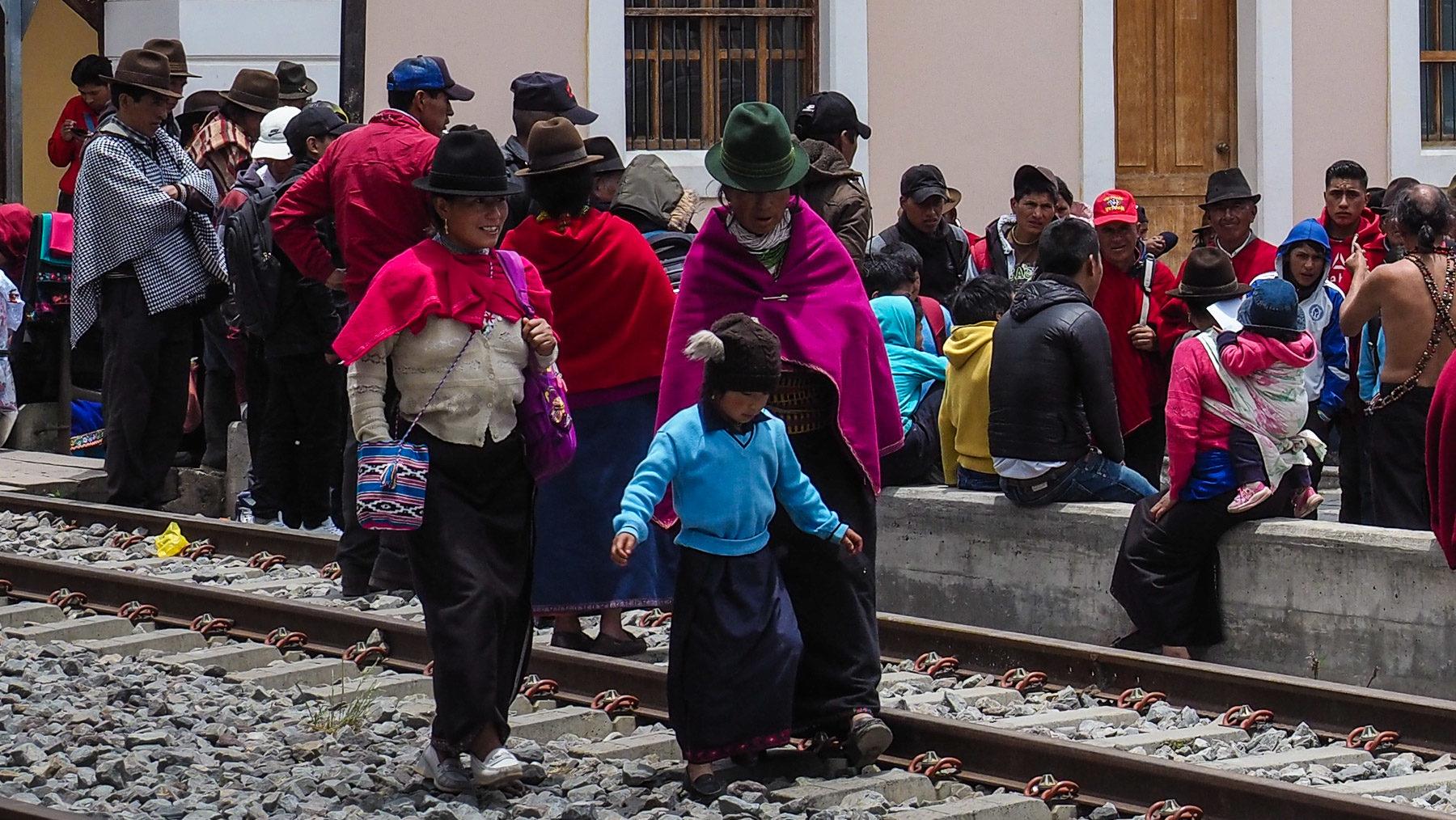 Markttag im kleinen Dorf Guamote