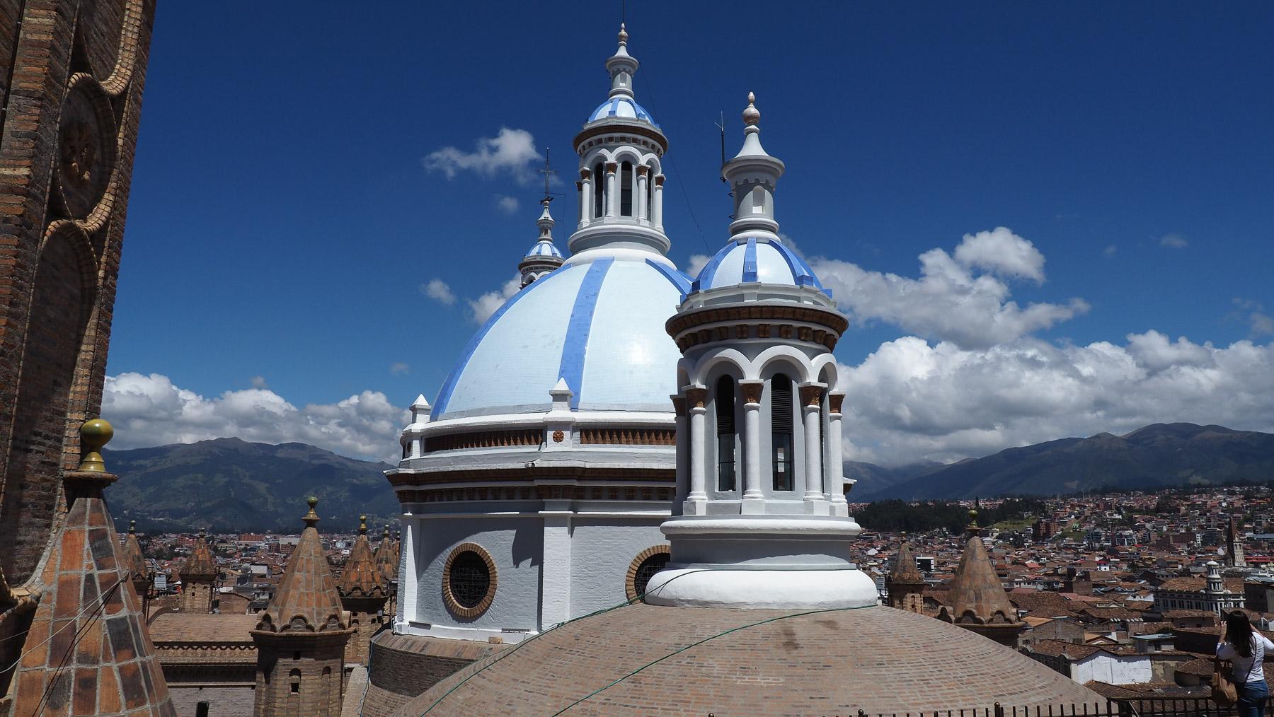 Auf dem Dach der Kathedrale in Cuenca