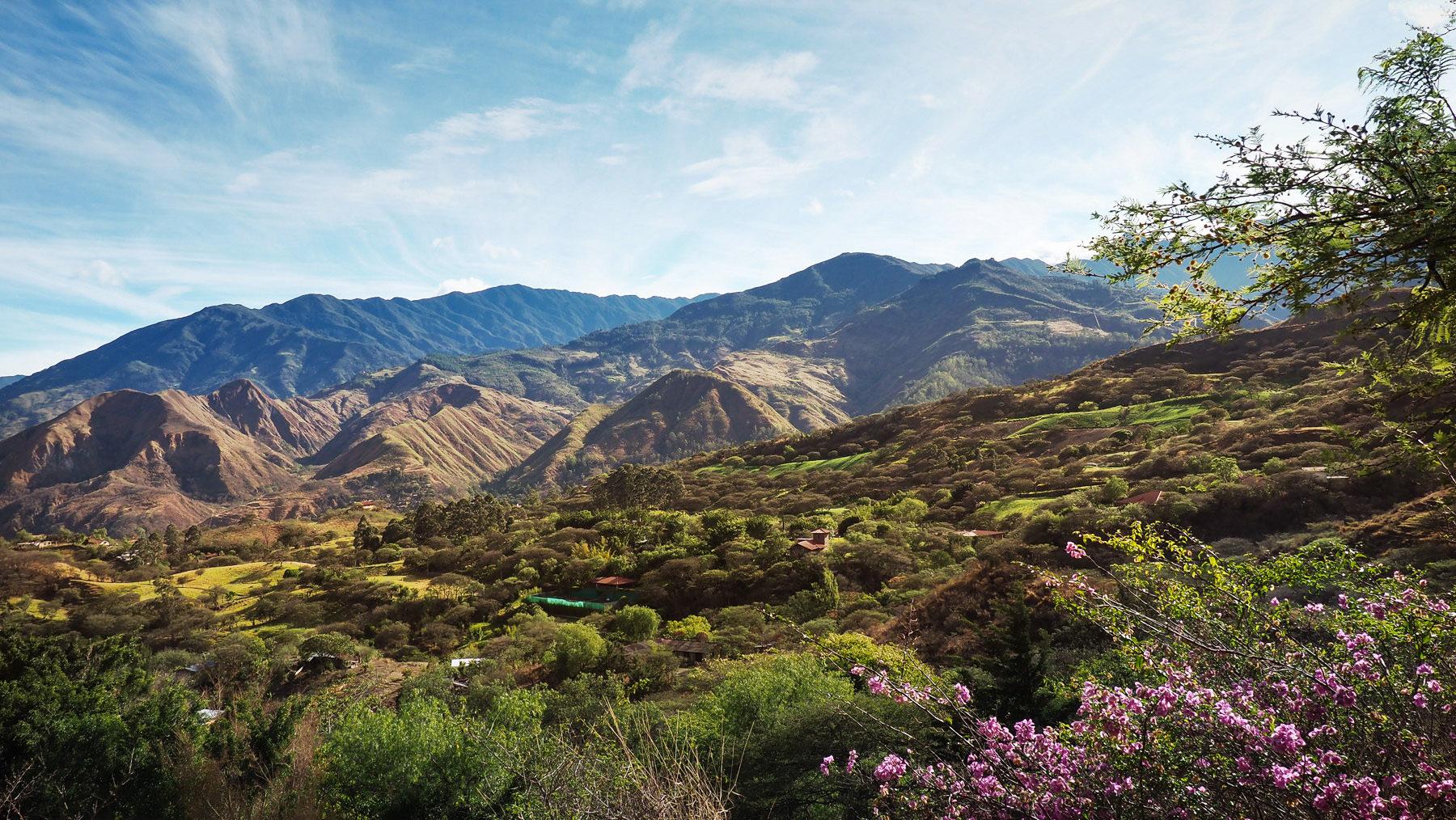 In diesem schönen Tal bei Vilcabama liegt die Hosteria Izhcayluma