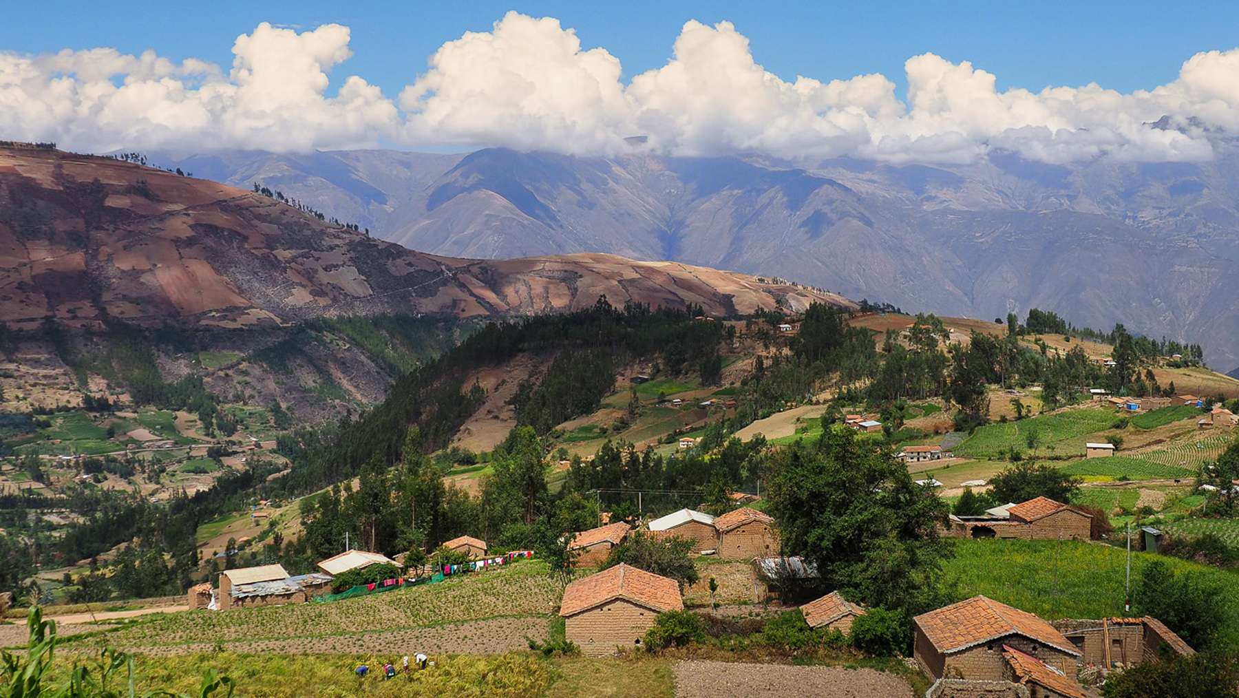 Hübsche Indiodörfer in der Cordillera Blanca