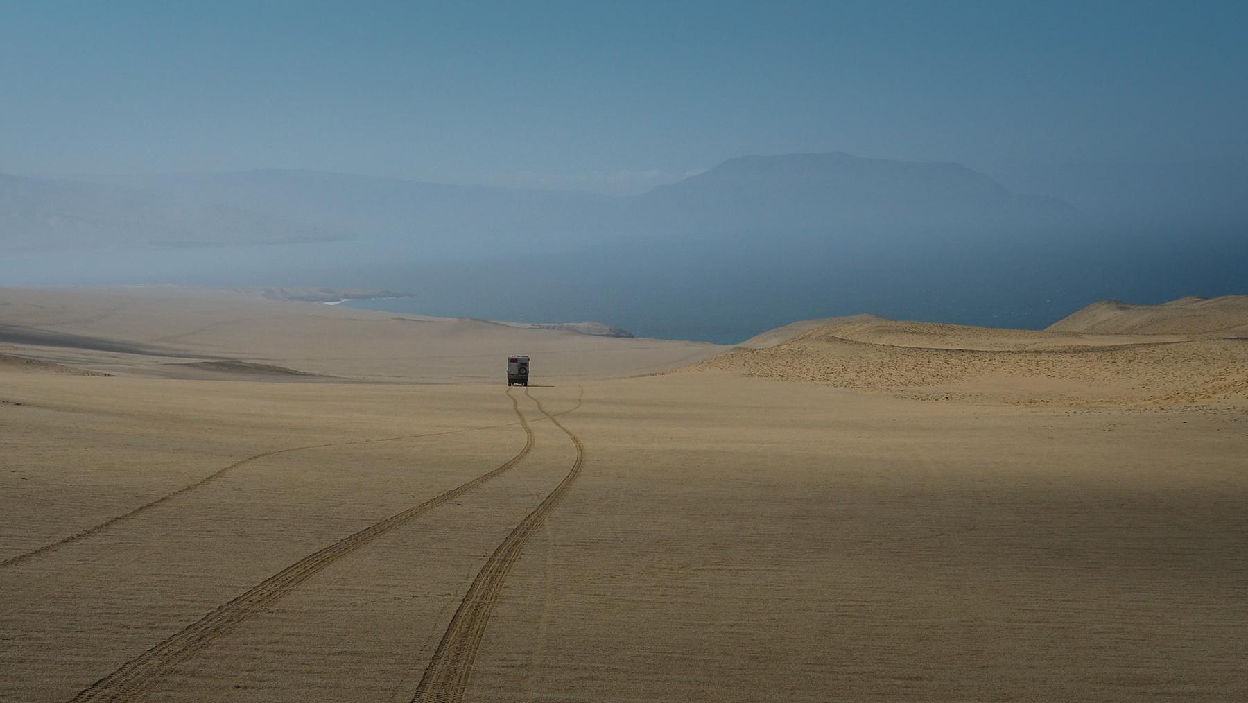 Cool: unsere eigene Spur im Sand