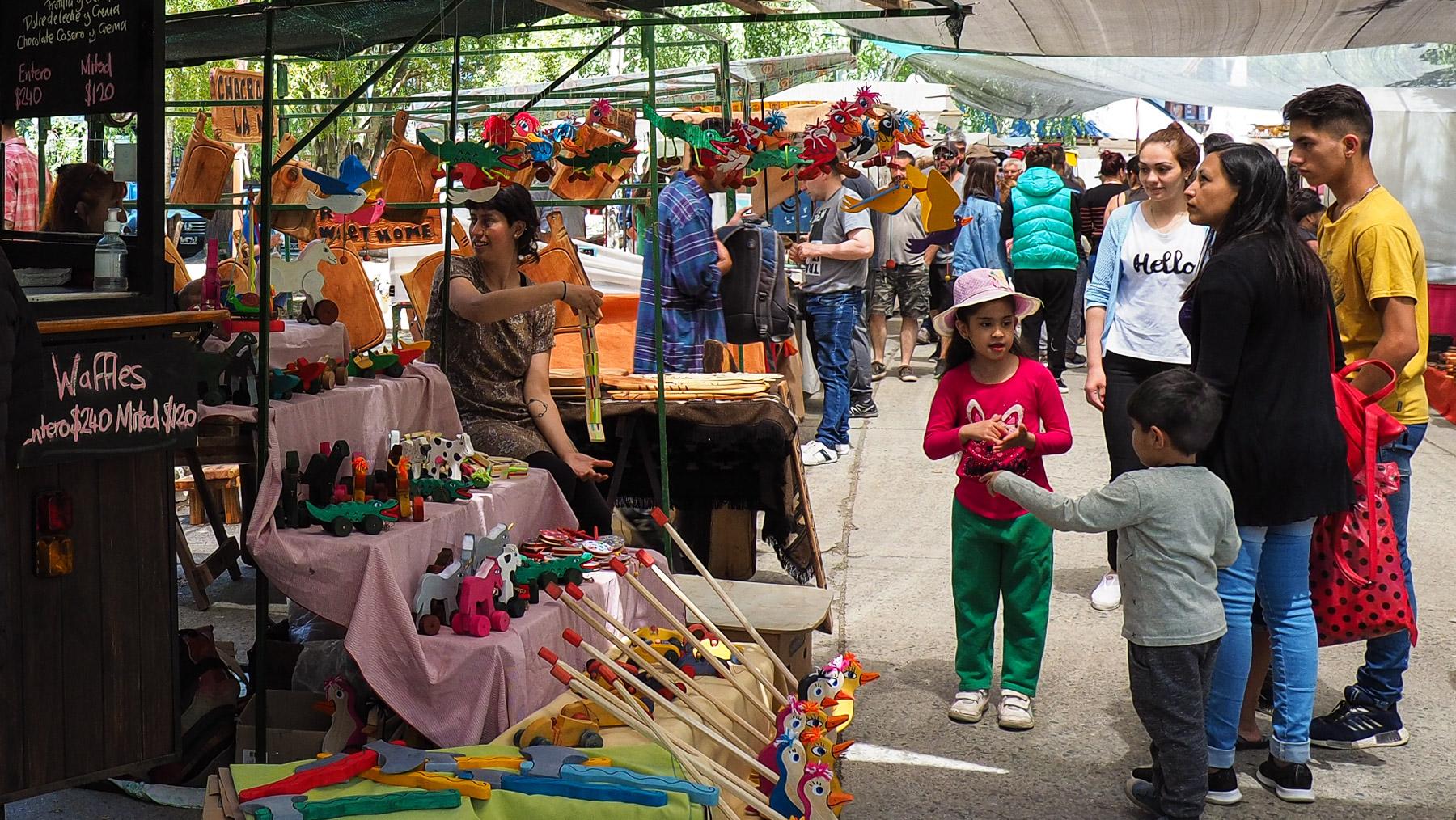Netter Kunsthandwerksmarkt in El Bolson