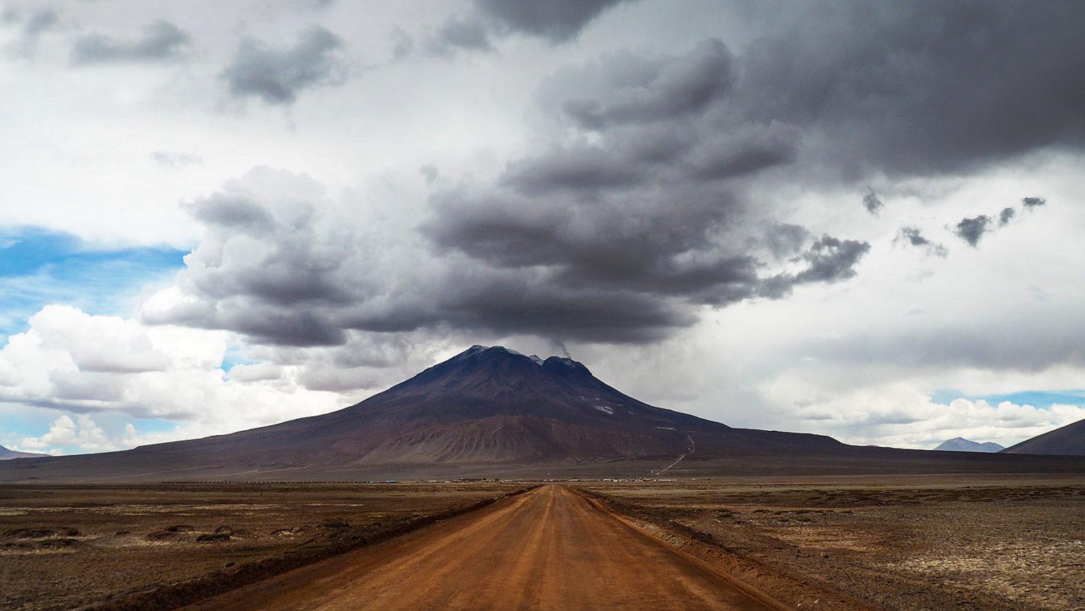 Ein Vulkan reiht sich an den anderen