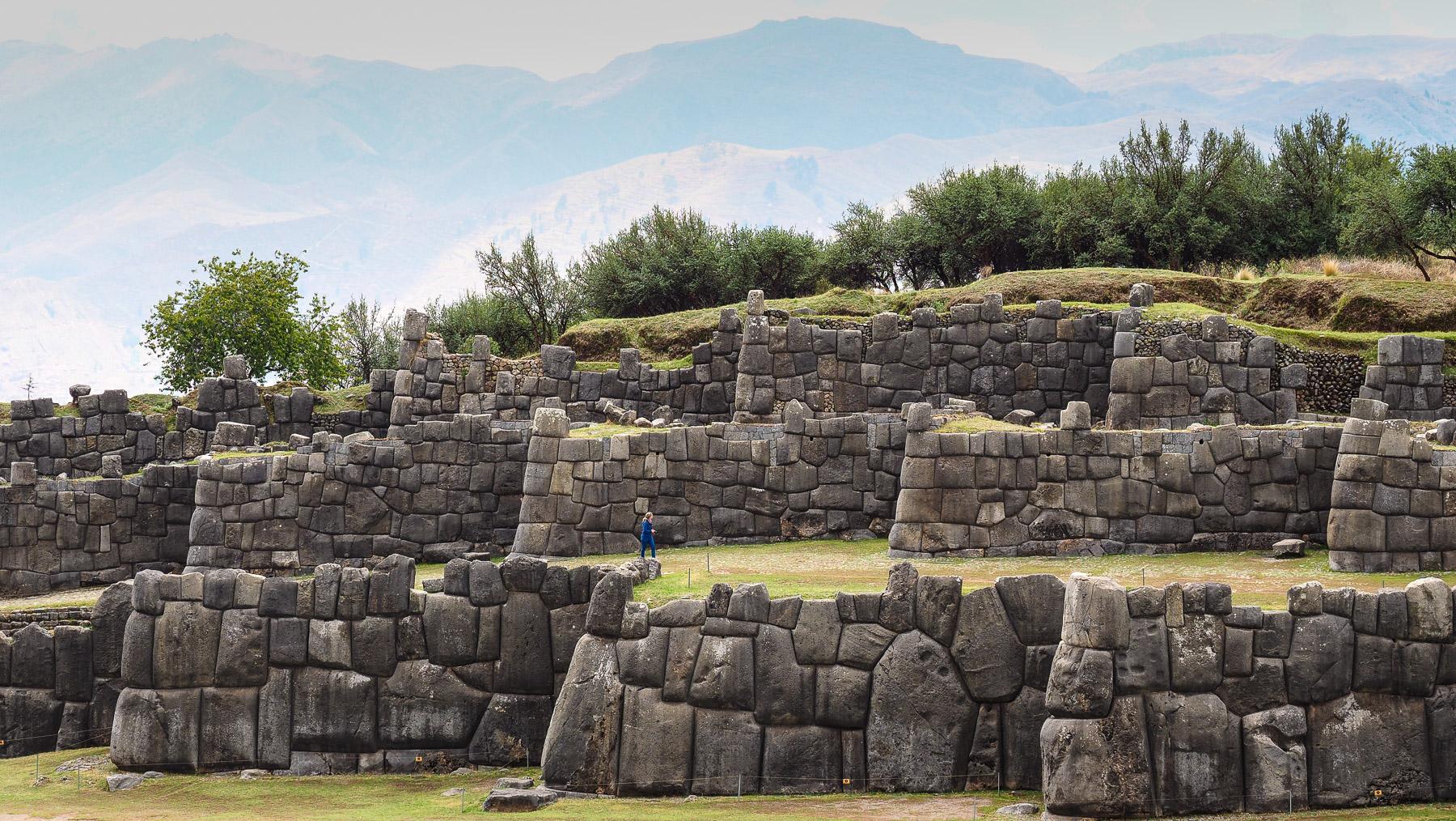 Dreifache Zickzack-Mauer in Sacsayhuaman