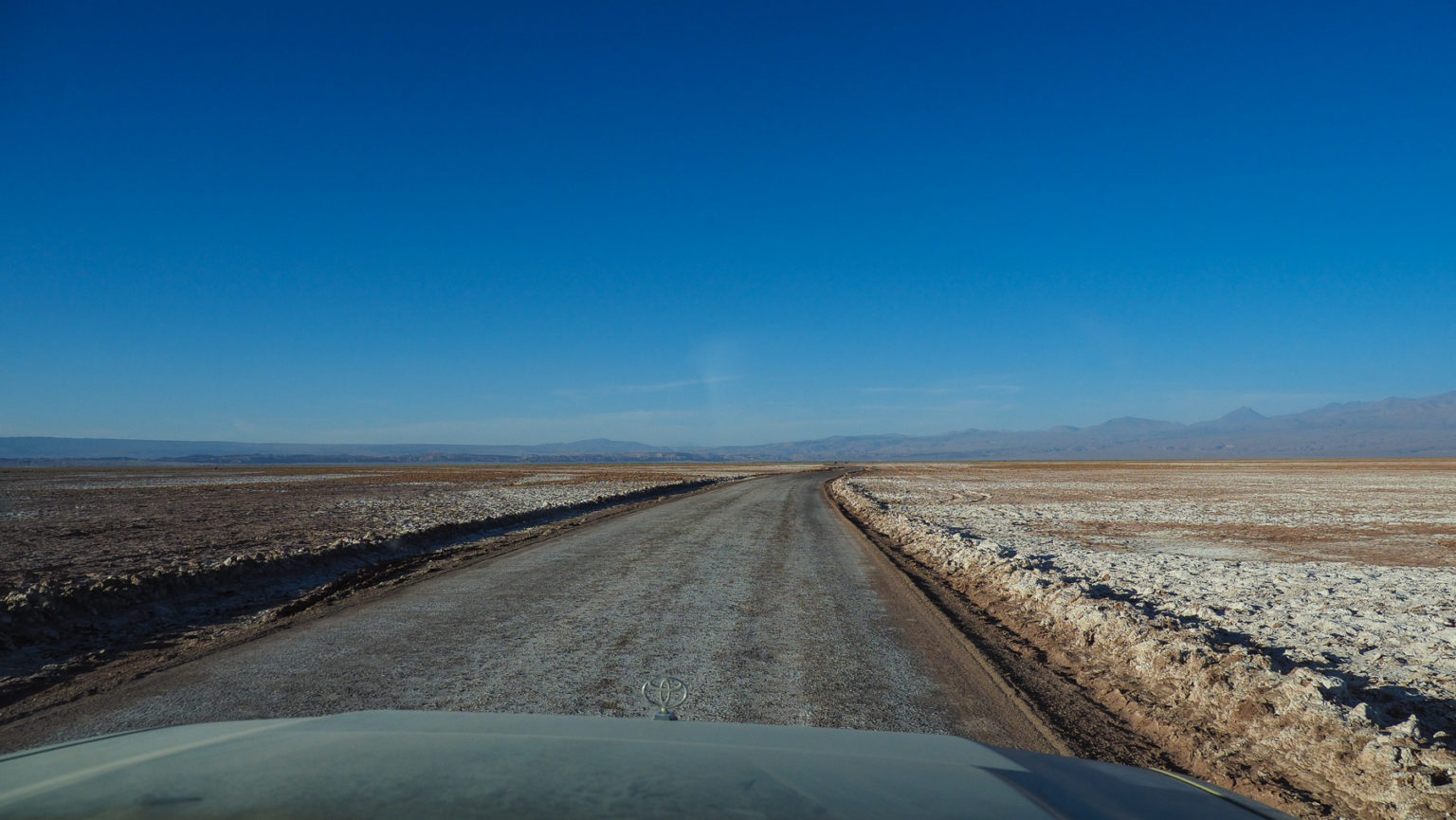 Unterwegs auf dem Atacama Salzsee