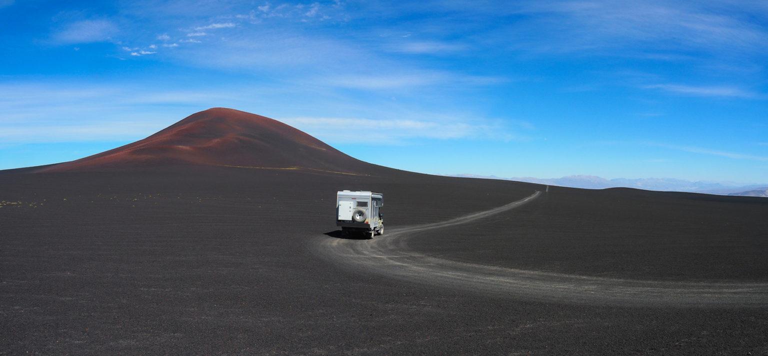 Abstecher zu Vulkanen.