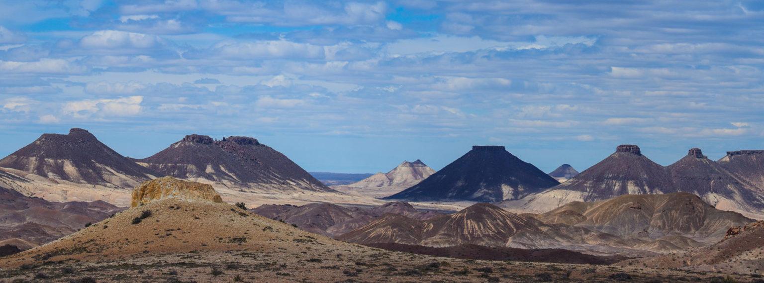 Wüstenlandschaft im Zentrum von Süd-Argentinien