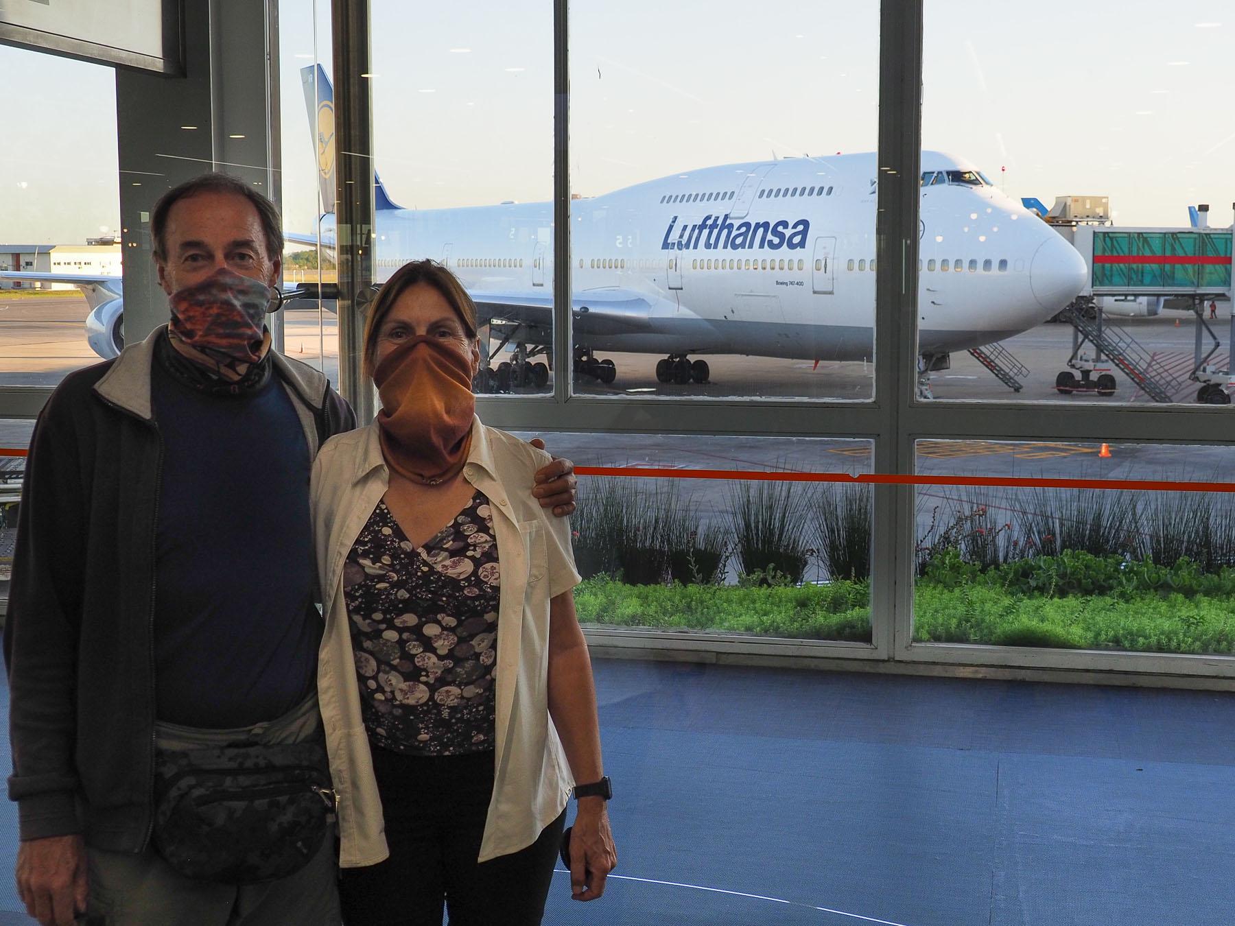 Diese 747 der Lufthansa bringt uns zurück nach Deutschland