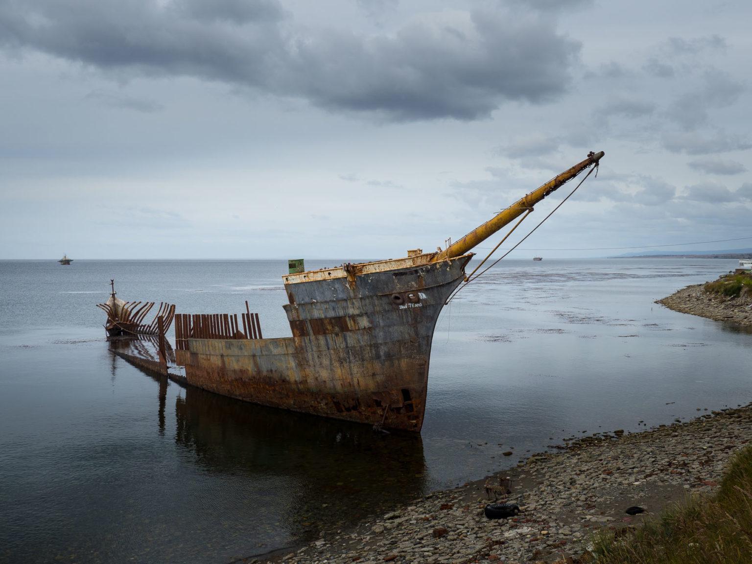 Hunderte von Schiffen sind hier  in der Südpassage  gestrandet